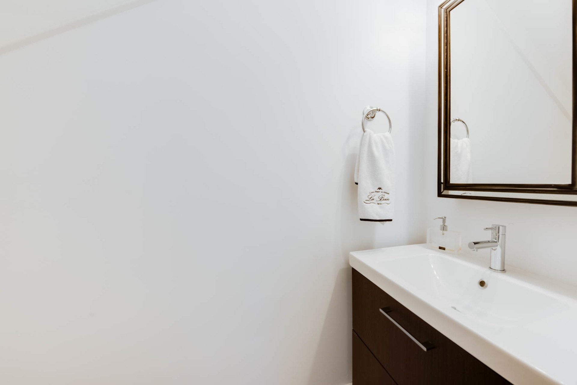 Ensuite at 2819 West 7th Avenue, Kitsilano, Vancouver West