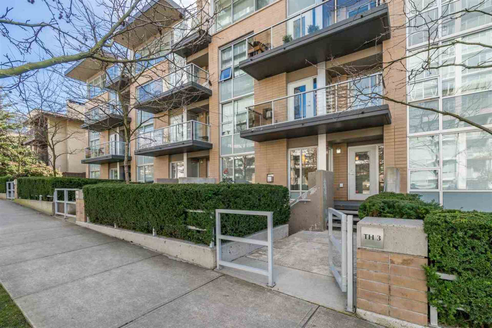 1288-chesterfield-avenue-central-lonsdale-north-vancouver-03 at TH3 - 1288 Chesterfield Avenue, Central Lonsdale, North Vancouver