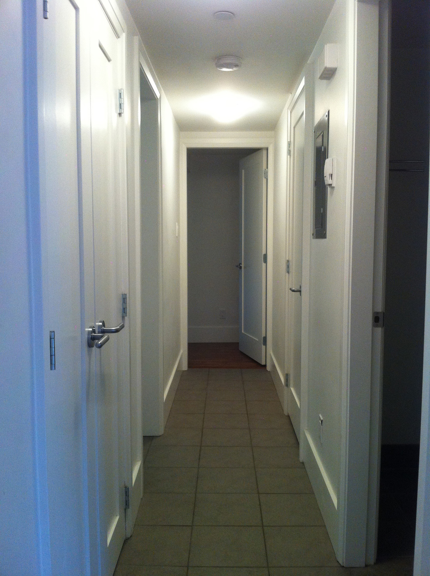 Suite - hall at 481 West 18th Avenue, Cambie, Vancouver West