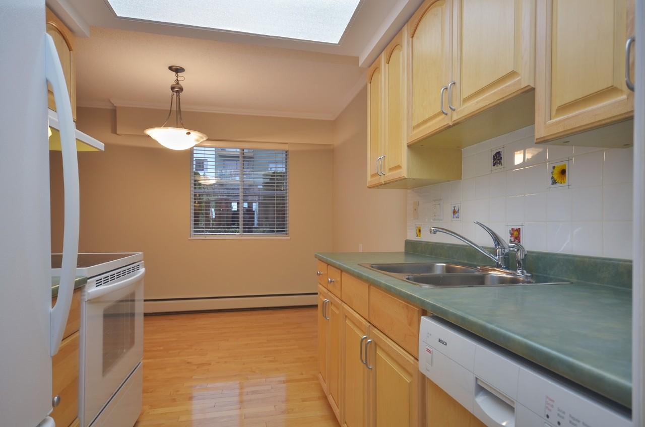 mini003 at 107 - 3080 Lonsdale Ave, Upper Lonsdale, North Vancouver