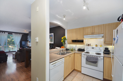 02 at 404 - 3608 Deercrest, Roche Point, North Vancouver
