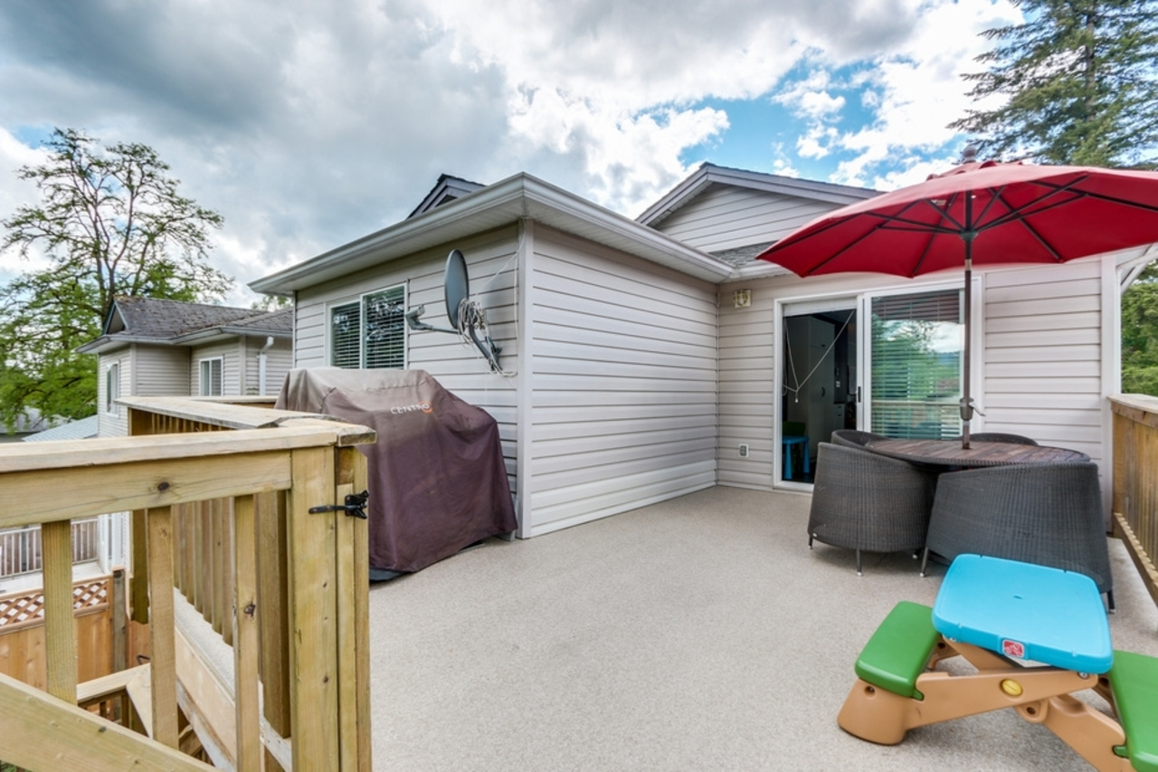 mini17 at 3638 Maginnis Ave, Lynn Valley, North Vancouver
