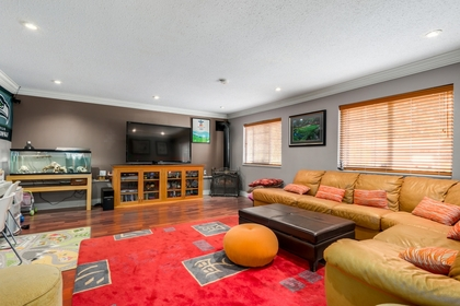 mini4 at 1127 Carnaby Place, Blueridge NV, North Vancouver