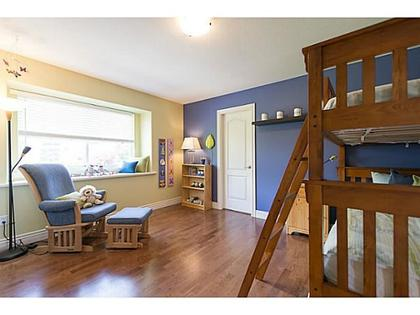 V1069330_D01_98 at 920 Beaumont, Edgemont, North Vancouver