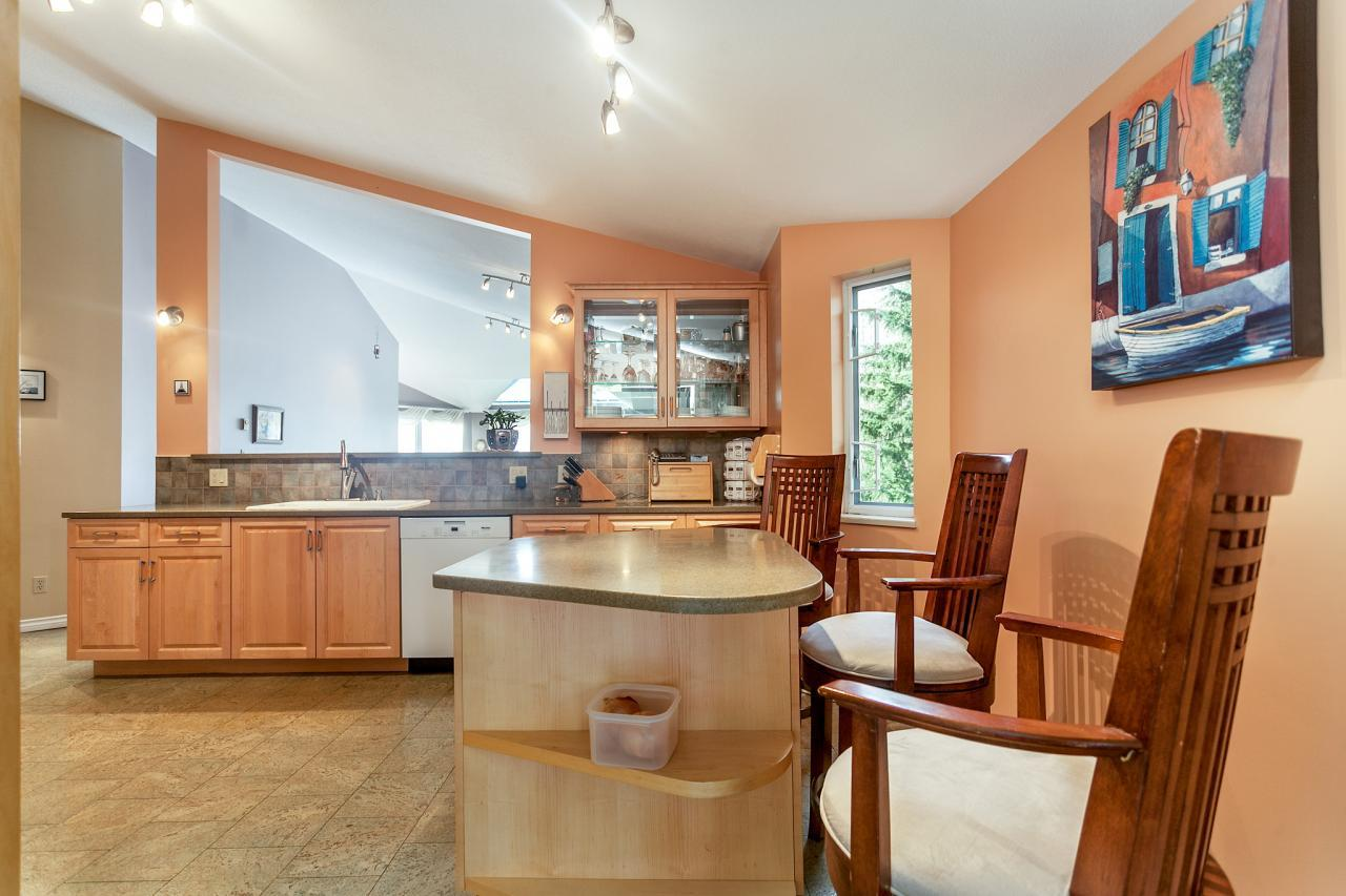 07 at #310 - 999 Berkley Road, Blueridge NV, North Vancouver