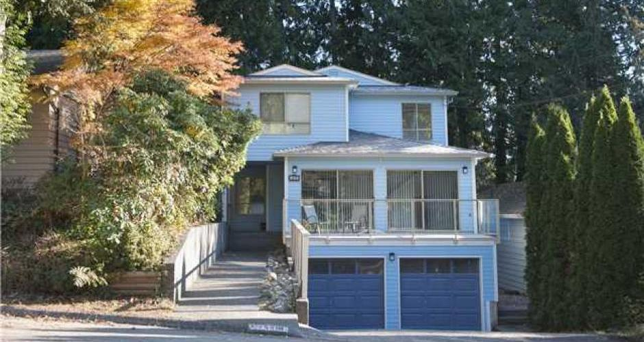 4418 Hoskins Road, Lynn Valley, North Vancouver