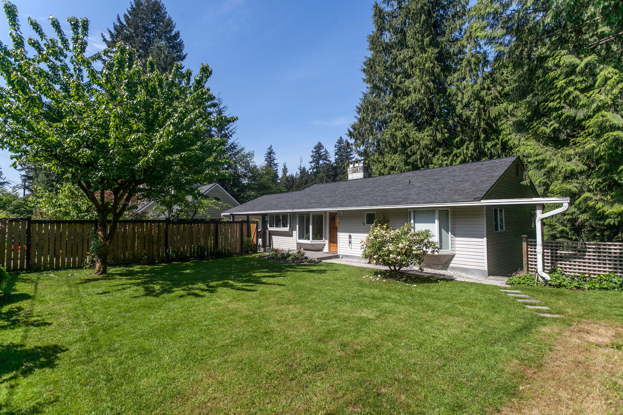 2185 Riverside Drive, Seymour NV, North Vancouver 2