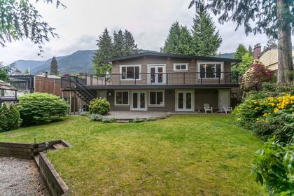 04 at 715 Crystal Court, Canyon Heights NV, North Vancouver