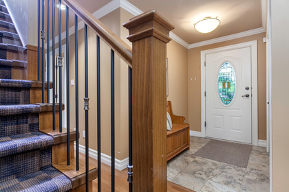 05 at 715 Crystal Court, Canyon Heights NV, North Vancouver