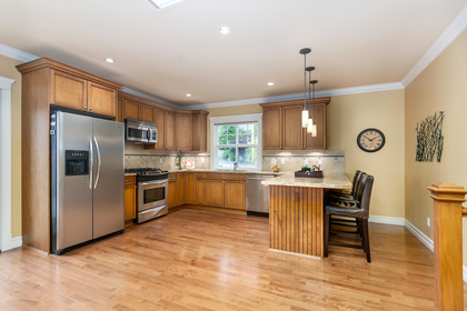 07 at 715 Crystal Court, Canyon Heights NV, North Vancouver