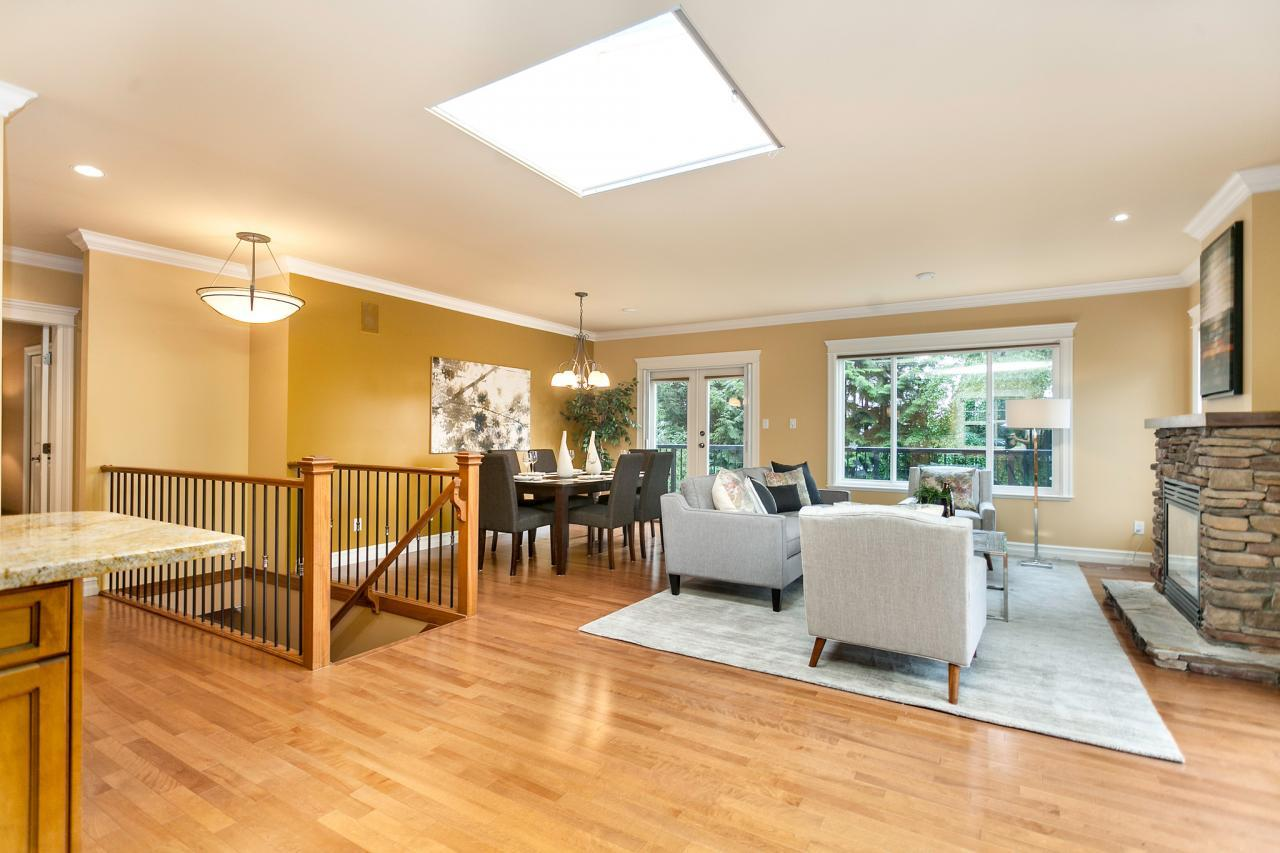 02 at 715 Crystal Court, Canyon Heights NV, North Vancouver