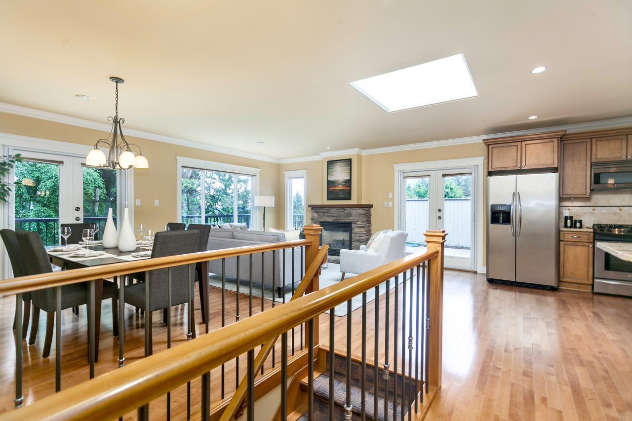 06 at 715 Crystal Court, Canyon Heights NV, North Vancouver
