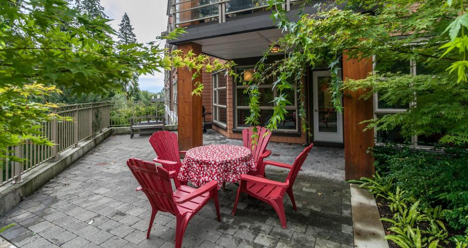 218 - 3606 Aldercrest Drive, Roche Point, North Vancouver