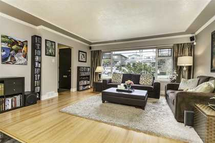 image-262059101-2.jpg at 333 E 6th Street, Lower Lonsdale, North Vancouver