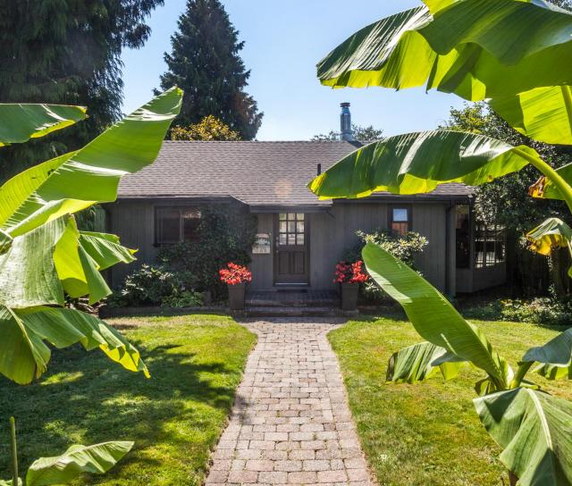 539 E 5 Street, Lower Lonsdale, North Vancouver 2