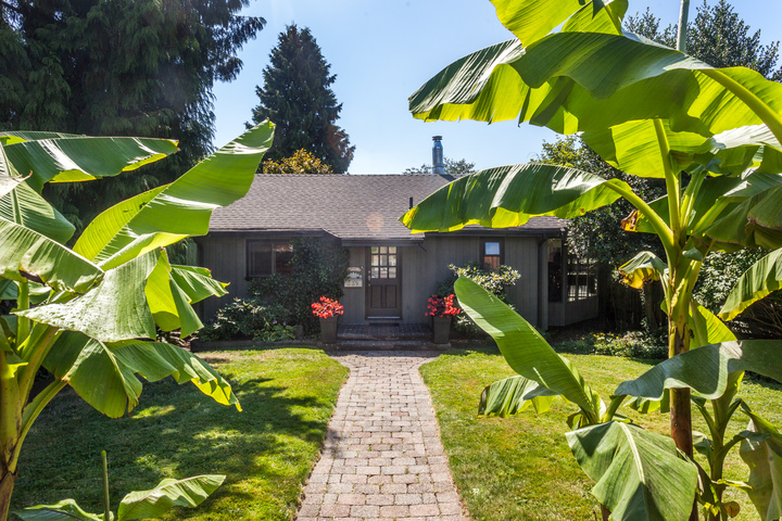 539-5th-2 at 539 E 5 Street, Lower Lonsdale, North Vancouver