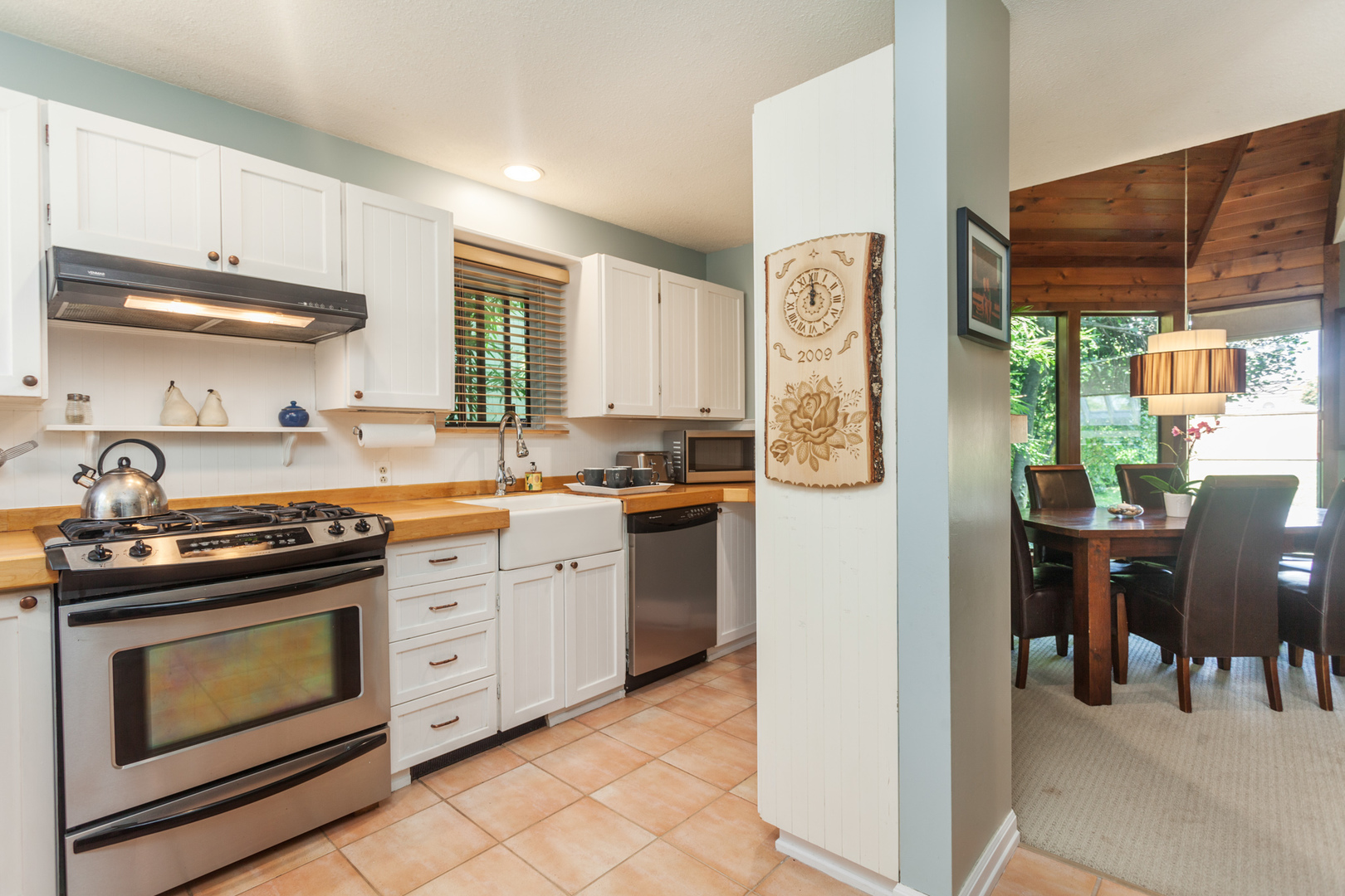 539-5th-24 at 539 E 5 Street, Lower Lonsdale, North Vancouver