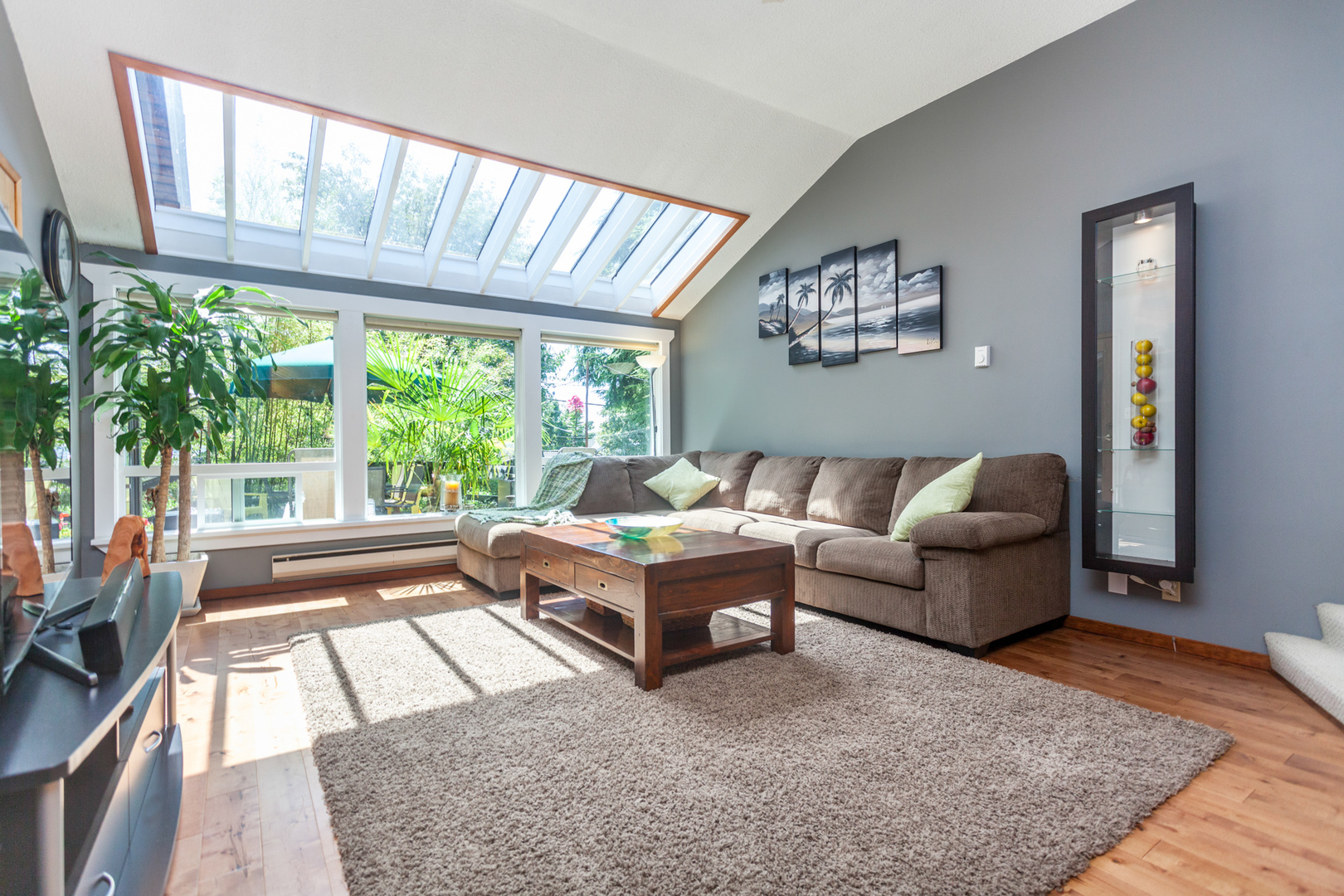 539-5th-27 at 539 E 5 Street, Lower Lonsdale, North Vancouver