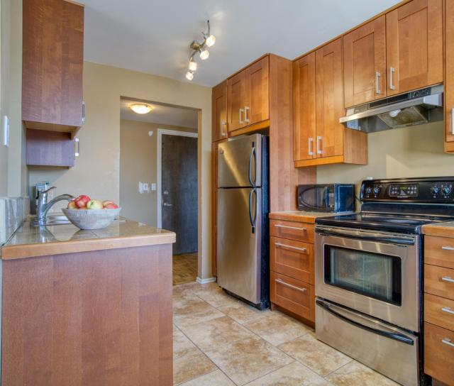 101 - 135 E 20th Street, Central Lonsdale, North Vancouver 2