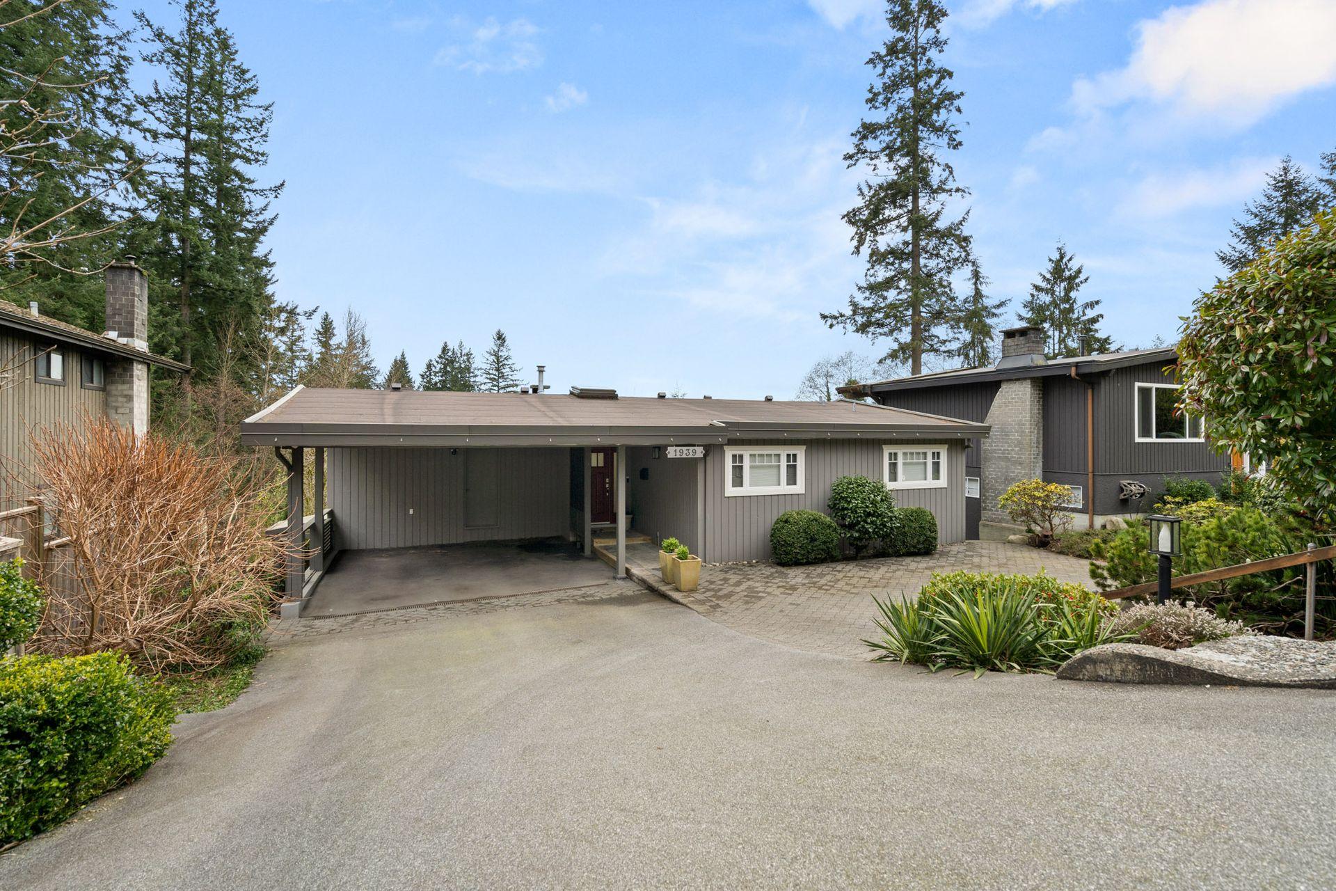 1939-hyannis-dr-north-vancouver-7 at 1939 Hyannis Drive, Blueridge NV, North Vancouver