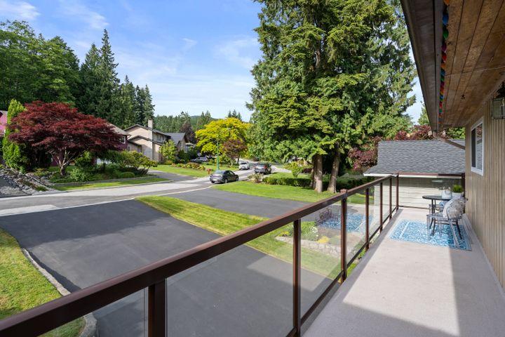 2673-byron-rd-north-vancouver-02 at 2673 Byron Road, Blueridge NV, North Vancouver