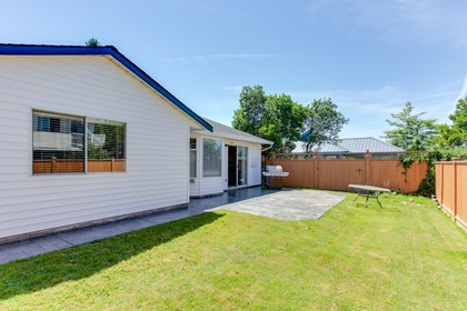 120 at 5915 49 Avenue, Hawthorne, Ladner