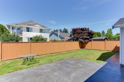 121 at 5915 49 Avenue, Hawthorne, Ladner