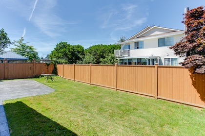 122 at 5915 49 Avenue, Hawthorne, Ladner
