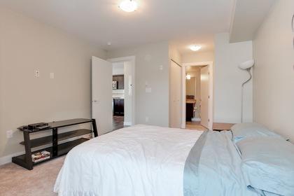 113 at 110 - 4815 55b Street, Hawthorne, Ladner