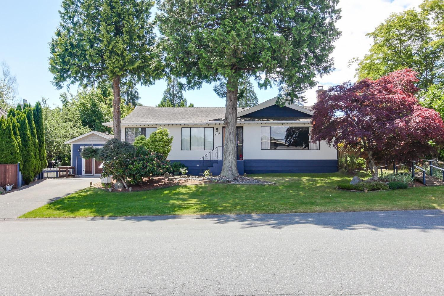 5168 2 Avenue, Pebble Hill, Tsawwassen