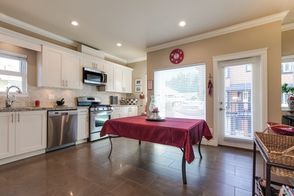 106 at 1 - 4766 55b Street, Delta Manor, Ladner