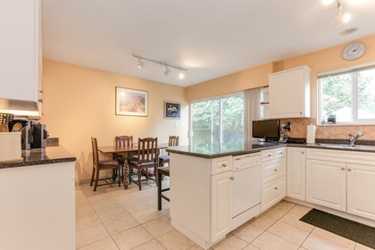 112 at 1437 Windsor Crescent, Cliff Drive, Tsawwassen