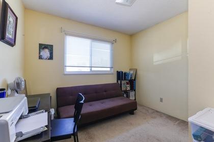 124 at 4904 54 Street, Hawthorne, Ladner