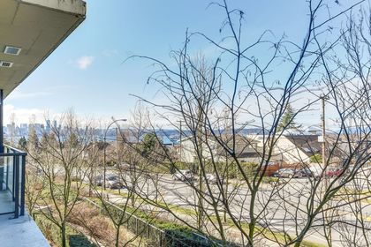 10 at 308 - 683 W Vicortia Park, Lower Lonsdale, North Vancouver