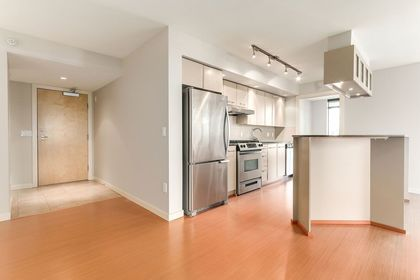 14 at 308 - 683 W Vicortia Park, Lower Lonsdale, North Vancouver
