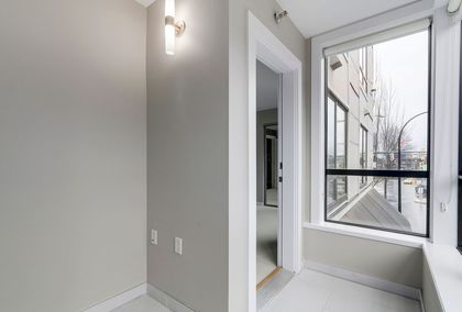 14 at 203 - 935 W 16th Street, Hamilton, North Vancouver
