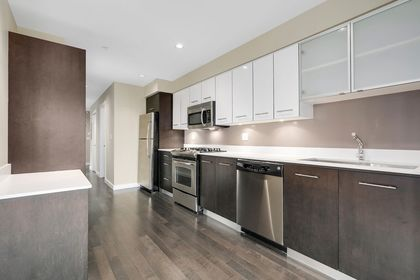 6 at 203 - 935 W 16th Street, Hamilton, North Vancouver