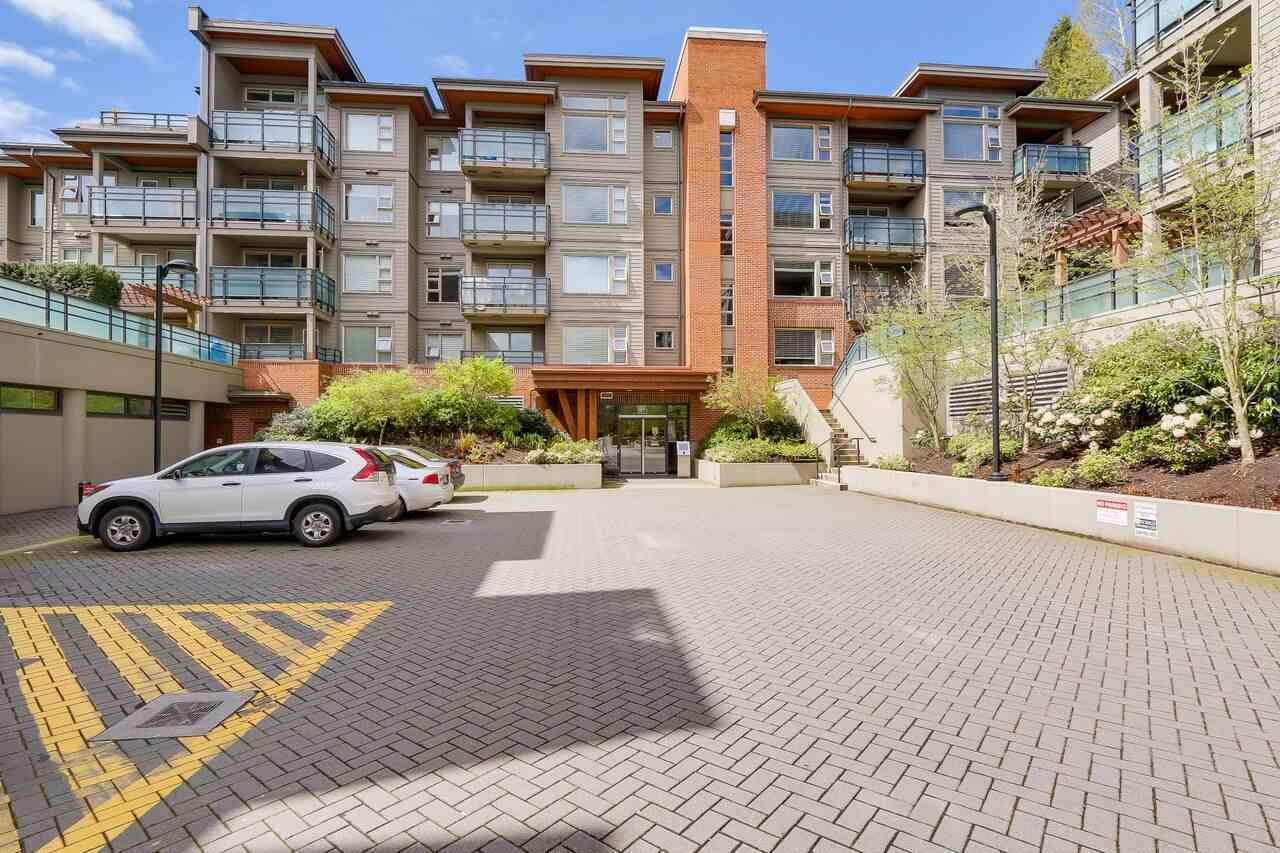405 - 1677 Lloyd Avenue, Pemberton NV, North Vancouver