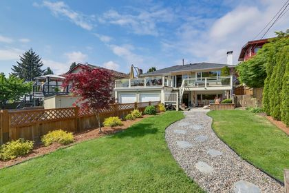 21 at 533 West 20th Street, Hamilton, North Vancouver