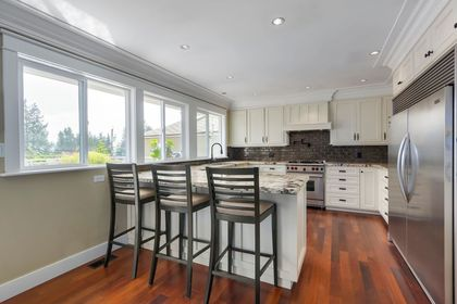 9 at 533 West 20th Street, Hamilton, North Vancouver