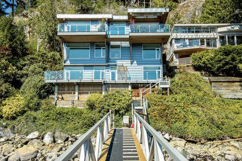 1 at 4817 Strathcona Road, Deep Cove, North Vancouver