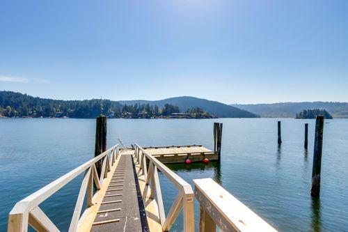 19 at 4817 Strathcona Road, Deep Cove, North Vancouver