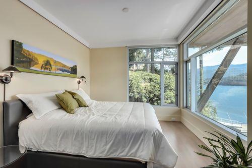 22 at 4817 Strathcona Road, Deep Cove, North Vancouver