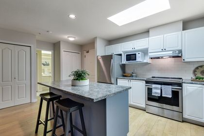 dJQbVYUb-1 at 309 - 2968 Burlington Drive, North Coquitlam, Coquitlam