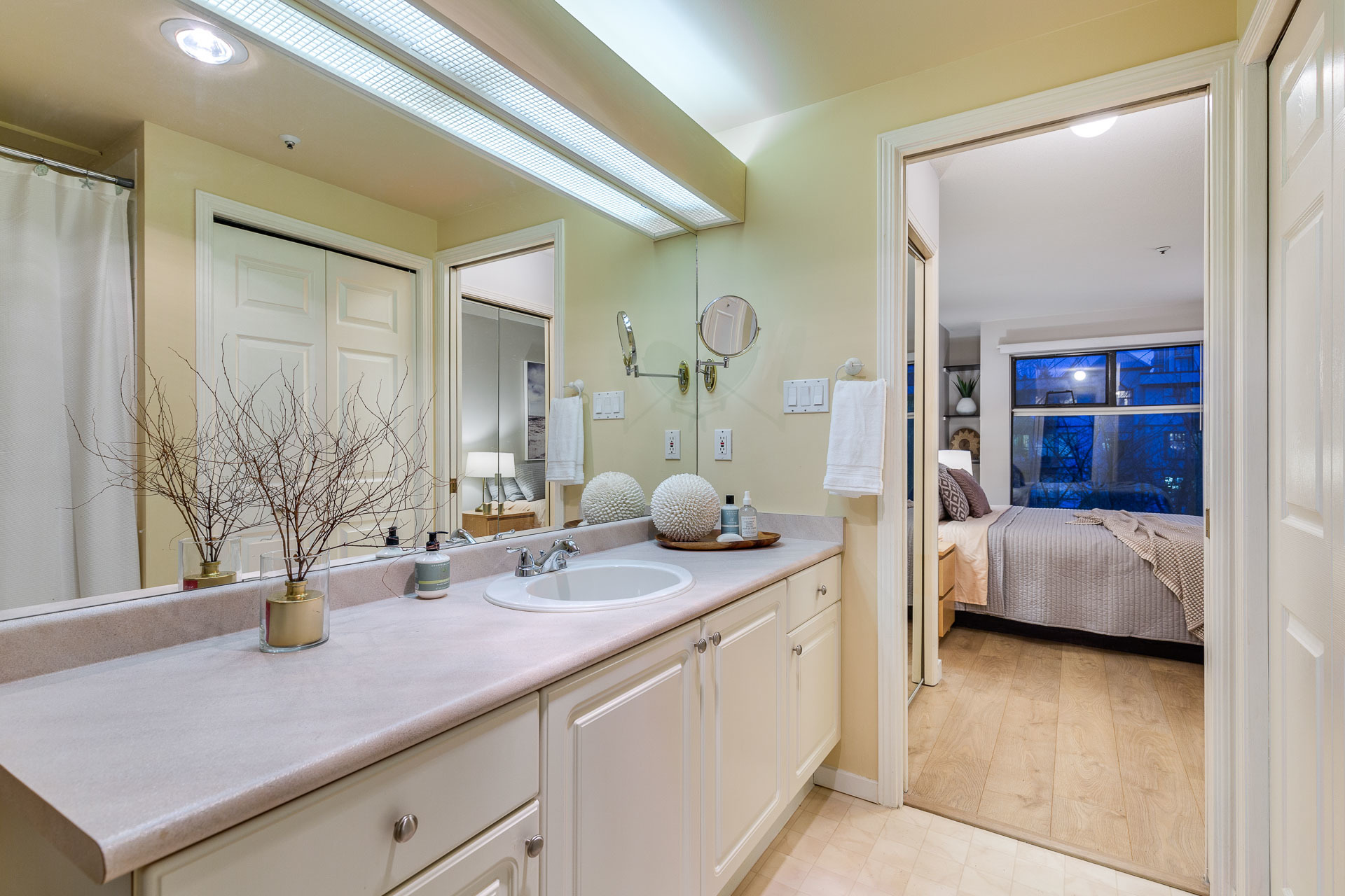 309-2968-burlington-drive-360hometours-29s at 309 - 2968 Burlington Drive, North Coquitlam, Coquitlam