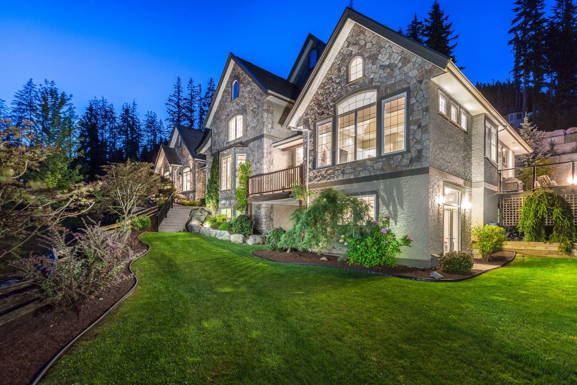 t8wdmxtq at 1472 Crystal Creek Drive, Anmore, Port Moody