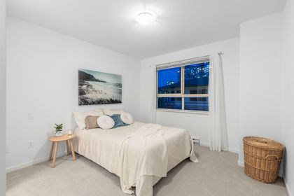 wyy7bl4y at 17 - 301 Klahanie Drive, Port Moody Centre, Port Moody