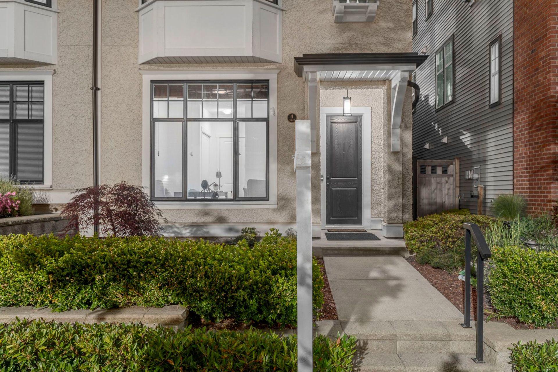 xdvkmcqq at 4 - 3443 Roxton Avenue, Burke Mountain, Coquitlam