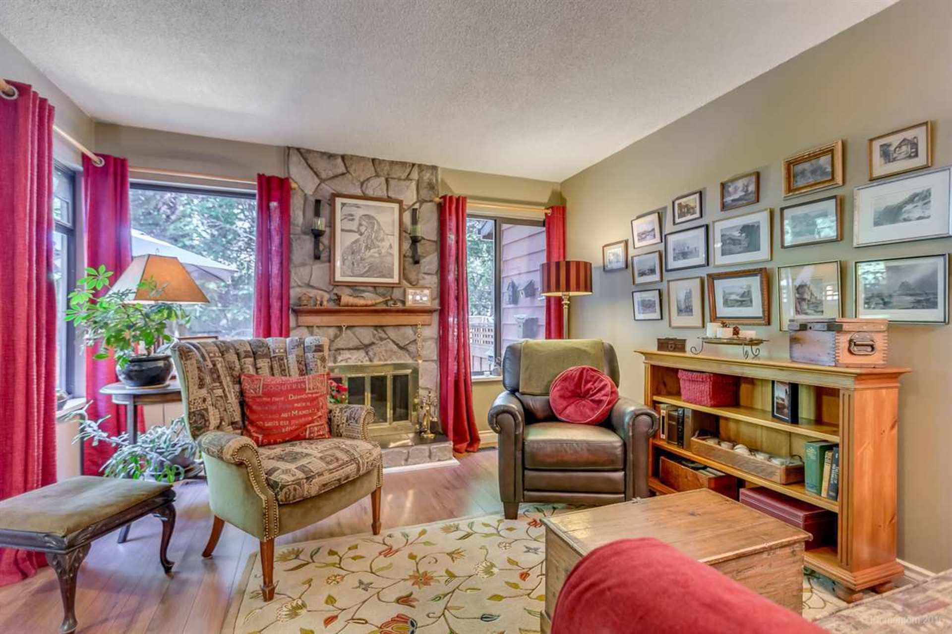 image-262100069-4 at 4857 Fernglen Drive, Greentree Village, Burnaby South