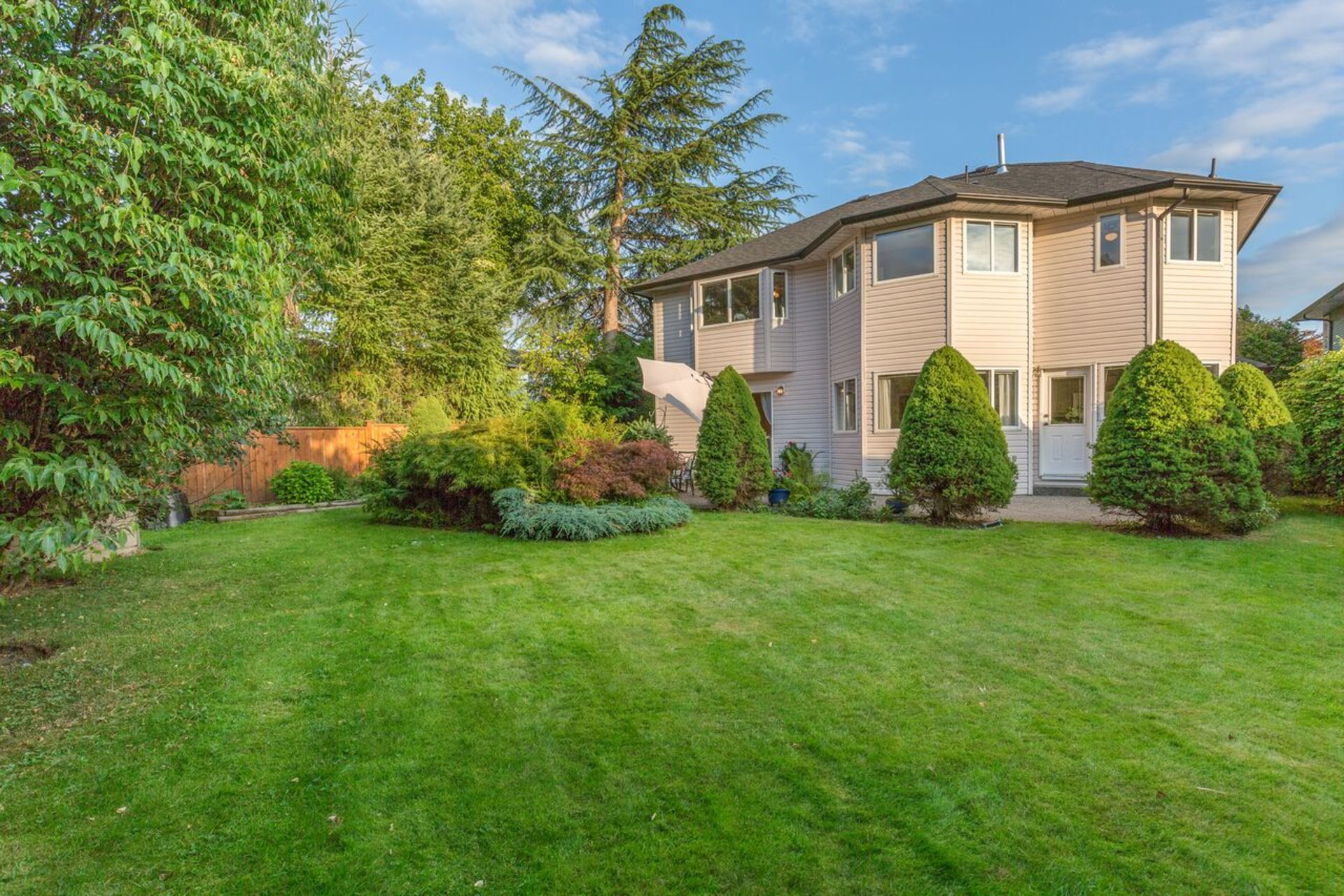 eqap4gmw at 19373 119 Avenue, Central Meadows, Pitt Meadows